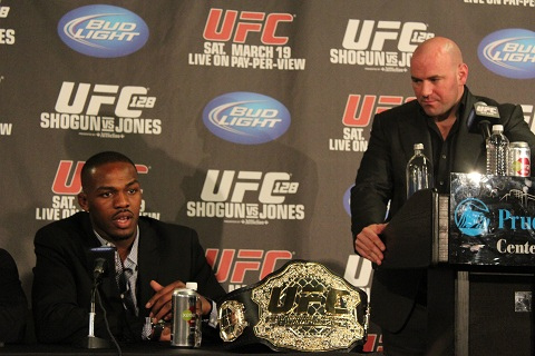 Jon Jones com Dana WHite