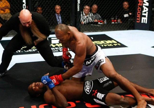Video: Jiu-Jitsu's about combining moves, as Jacaré showed at Strikeforce and in the dojo