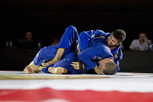 Jiu-Jitsu video: after winning SP Open, Diogo Almeida teaches X-guard sweep