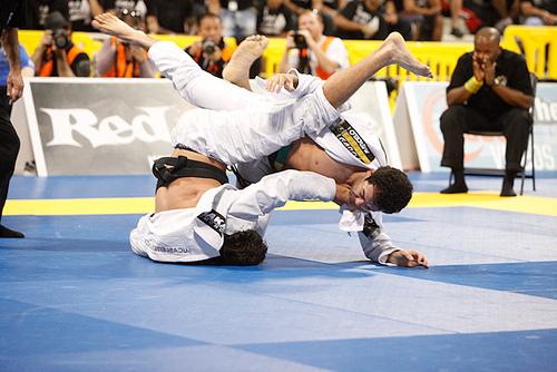 Jiu-Jitsu: A melhor raspagem que você vai ver hoje é esta, de Marcelinho Garcia