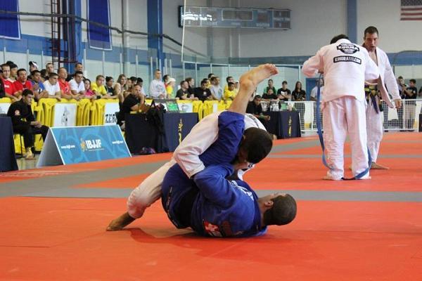 Video: slick Jiu-Jitsu on display at Boston Open, with Formiga, JT and Wilson Reis
