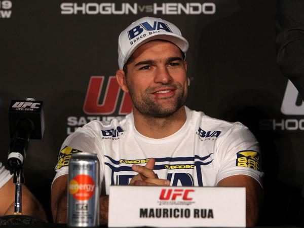 Watch UFC on Fox 4 press conference live