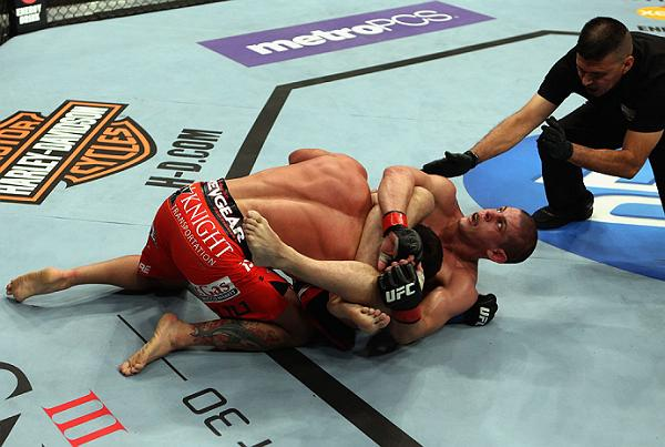 Unraveling the finest finish of UFC on Fox 4