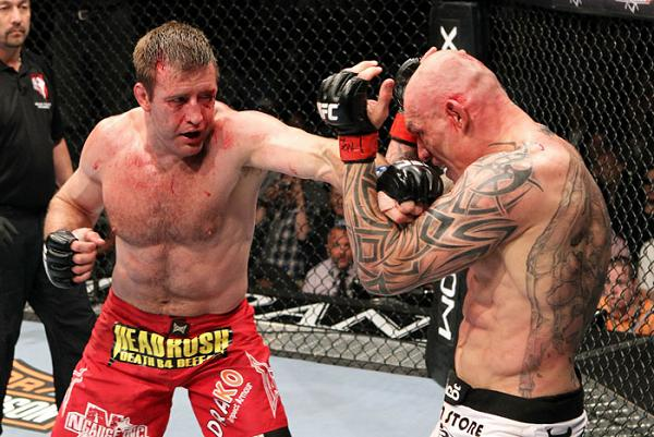 Watch Stephan Bonnar, Anderson Silva's opponent, fighting in Brazil