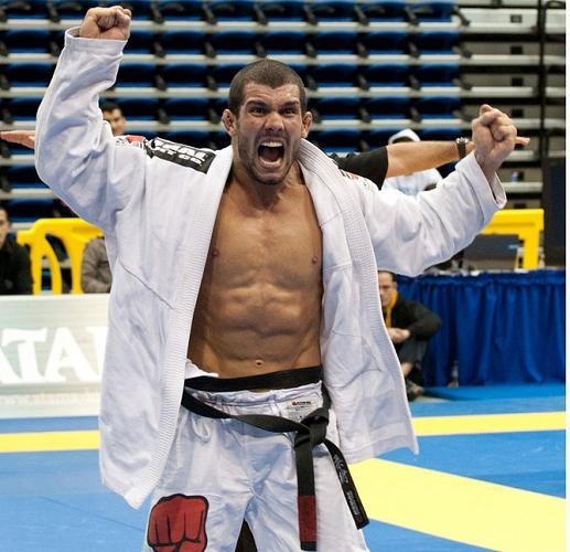 Rodolfo Vieira comemora o título do Mundial 2011. Foto: Jonh Cooper.