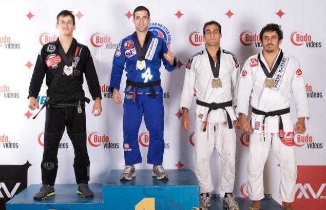 Augusto Tanquinho novamente no topo em 2012. Foto: John Cooper/IBJJF