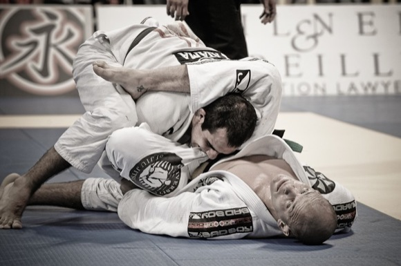 Want to shore up your defensive guard? Learn from Xande Ribeiro