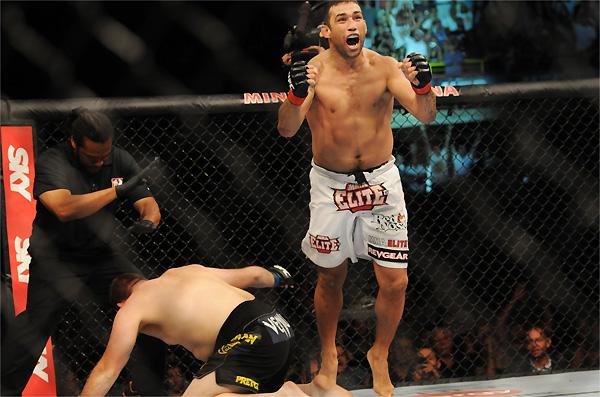 MMA, como no Jiu-Jitsu, é incomodar o tempo todo, como ensina Werdum
