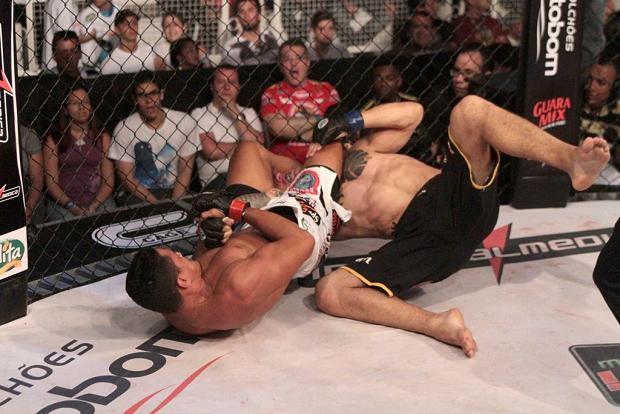 Heaps of action and efficient Jiu-Jitsu at Jungle Fight 44