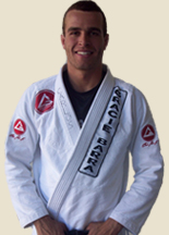 Learn how to counter-attack and finish with an armbar like GB's black belt Carlos Chalita