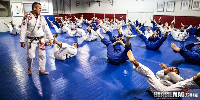 The professor gave a hard time to his Jiu-Jitsu students