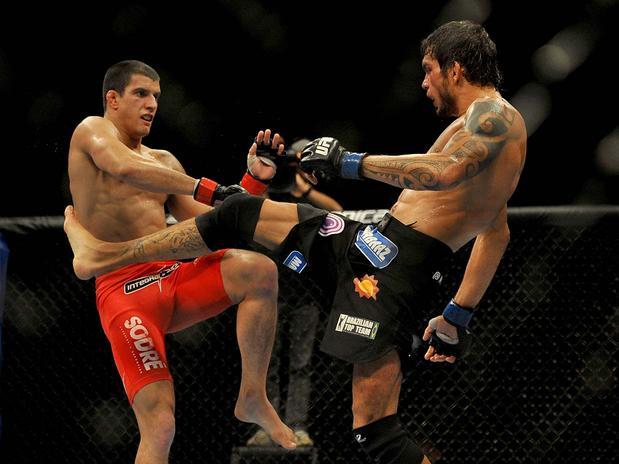Miltinho Vieira em combate contra Felipe Sertanejo, pelo UFC BH. Foto: Divulgação