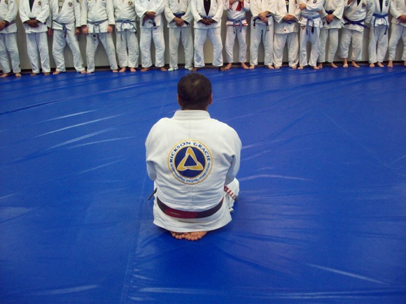 Learn some self defense moves with Rickson Gracie's invisible Jiu-Jitsu