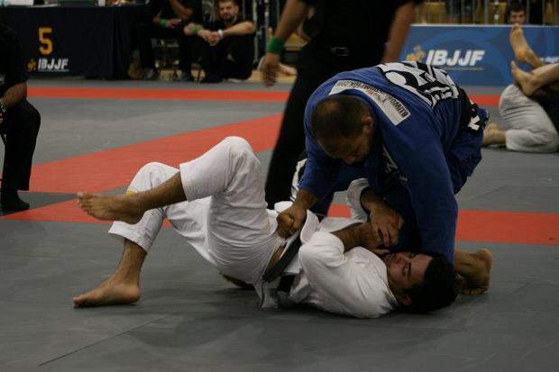 Aprenda 26 posições úteis para livrar você do sufoco no Jiu-Jitsu