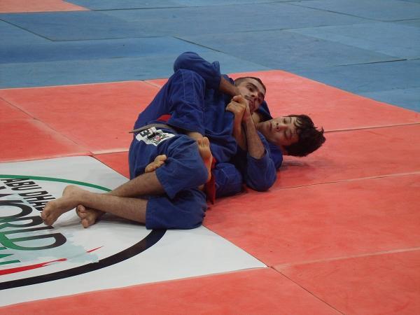 A luta encruada entre Paulo Miyao e Kit Dale no Asian Open 2012