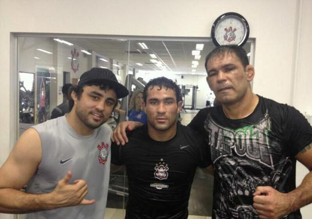 Davi Ramos pronto para o MMA após treinos de luxo no Corinthians