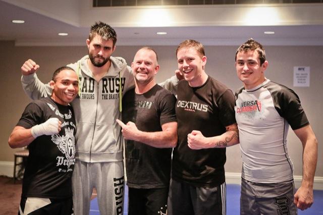 Carlos Condit Caio Terra e equipe em Montreal para o UFC 154