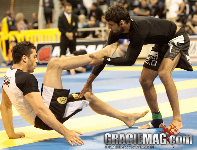 Leandro Lo will face Xande Ribeiro in the absolute black belt final