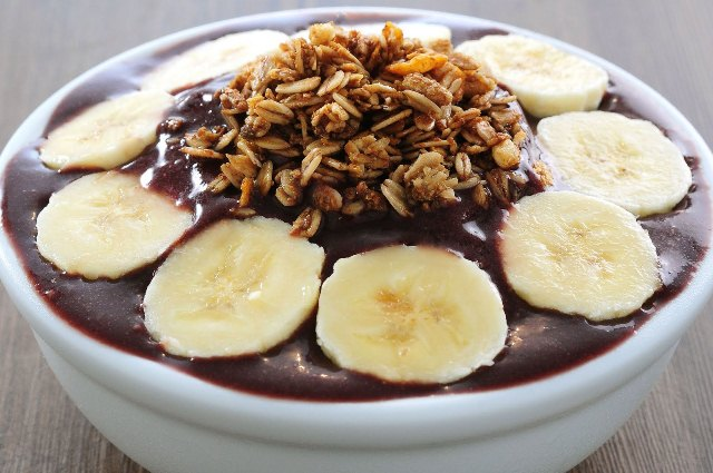 Mundials Motivation #18: Get to the pyramid for good deals and acai!