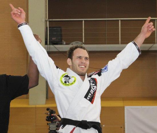 Victor Estima conquistou a vaga para Abu Dhabi na categoria até 88kg, na seletiva em Portugal. Foto: Arquivo Pessoal