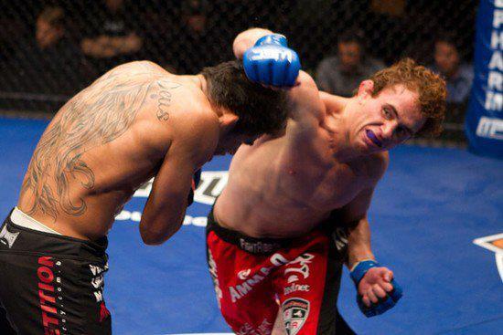 Controle seu oponente, como ensina o talentoso peso-galo do Bellator 83