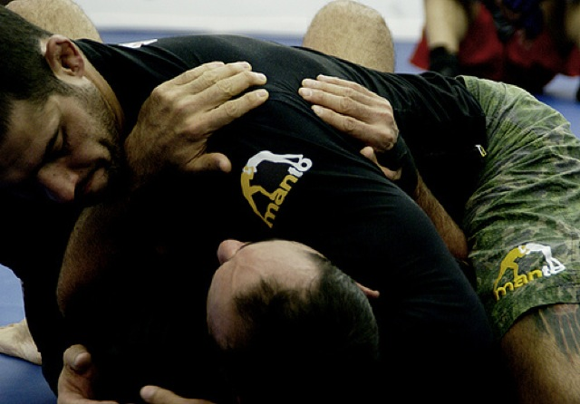 Ace from Bitetti Combat 13 Teaches Side-Control Escape, Submission