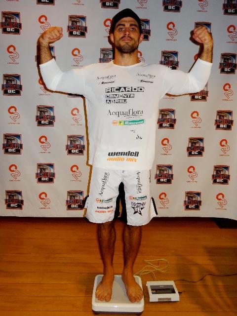 Ricardo Demente ficou sem luta pelo o evento Fight Club OC, na Califórnia. Foto: Divulgação