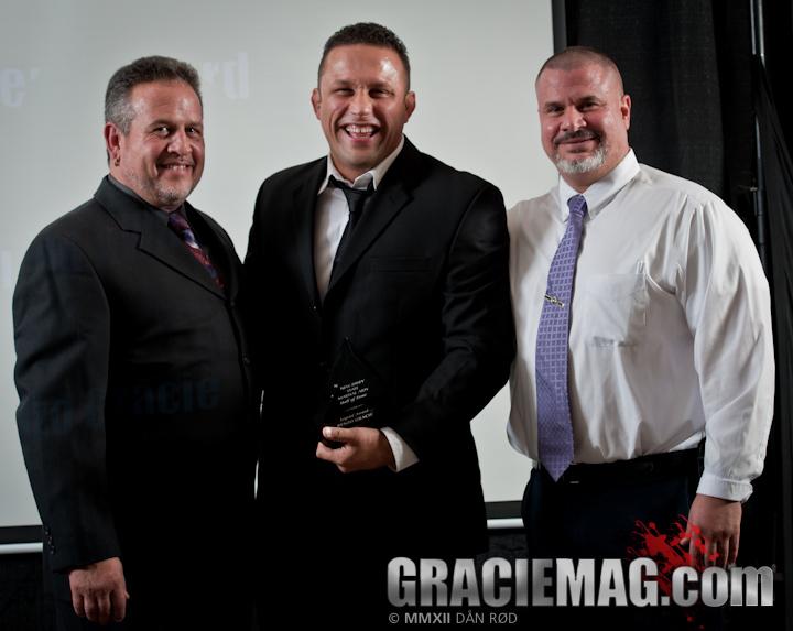 Renzo Gracie recebe prêmio em Nova Jersey. Foto: Dan Rod/GRACIEMAG