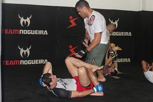 Roger Gracie treinando com Antonio Pezão