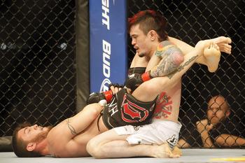 Como Scott Jorgensen finalizou no UFC? Diego Moraes e Camozzi ensinam