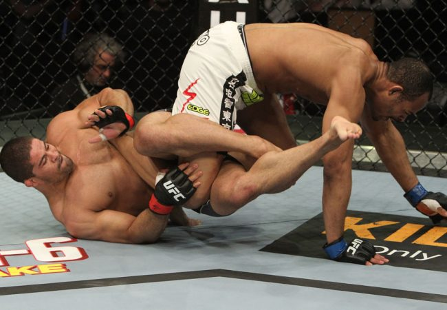 Vídeo: Os melhores lances de Toquinho e seu Jiu-Jitsu no MMA