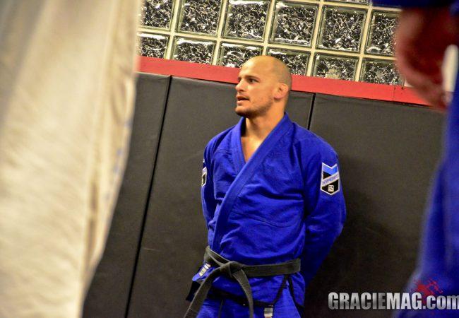 Learn To Choke From The Back Easier With Xande Ribeiro Jiu-Jitsu
