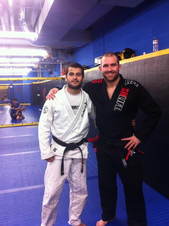Belcher aprimora seu Jiu-Jitsu para o UFC 155. Foto: Divulgação