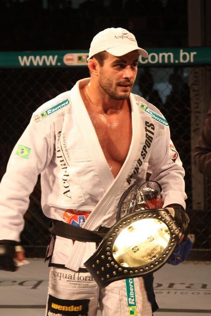 Ricardo Demente ficou sem luta pelo o evento Fight Club, na Califórnia. Foto: Divulgação