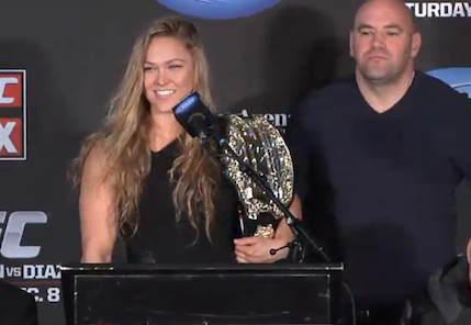 Ronda Rousey recebe cinturão do UFC e conhece oponente para fevereiro