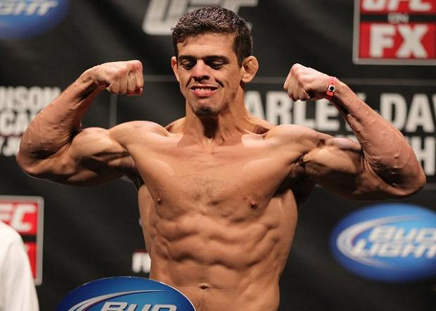 The Scoop on the Injury that Pulled Caio Magalhães from UFC on FX 7