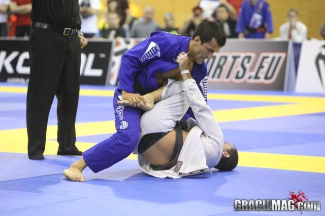 Baú do Jiu-Jitsu: relembre Rubens Cobrinha x Bruno Frazatto no Mundial 2009