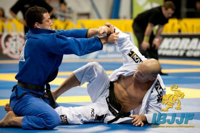 """Léo Nogueira: """"Este ano quero o título mundial absoluto, e vou fazer por onde""""."""
