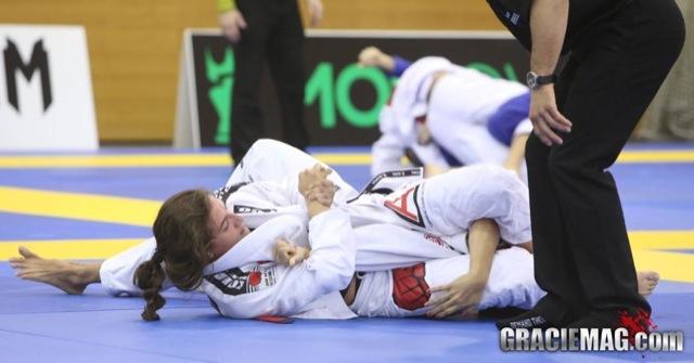 Aprenda 2 finalizações da guarda fechada para turbinar seu Jiu-Jitsu