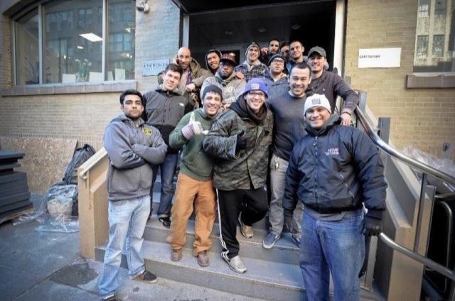Marcelo Garcia e alunos na nova academia em NYC Foto GRACIEMAG