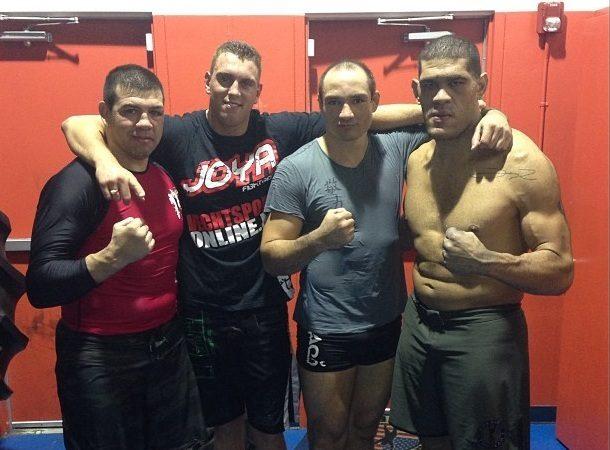Antônio Pezão afia luta em pé com brasileiro campeão do K-1
