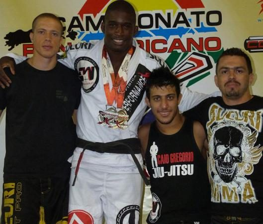 """GB featherweight wants in at Abu Dhabis: """"I fight for zero bucks or a million"""""""