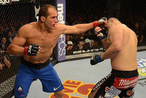 Junior dos Santos Back to 'Full Steam' in a Month, Says Boxing Coach