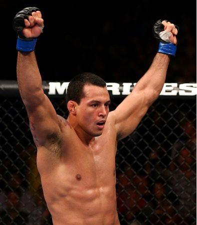 """Após demissão do UFC, Vinny """"Pezão"""" Magalhães encara Jeff Monson"""