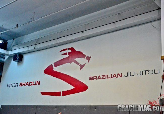 Vídeo: Vitor Shaolin ensina a pegar as costas da meia-guarda