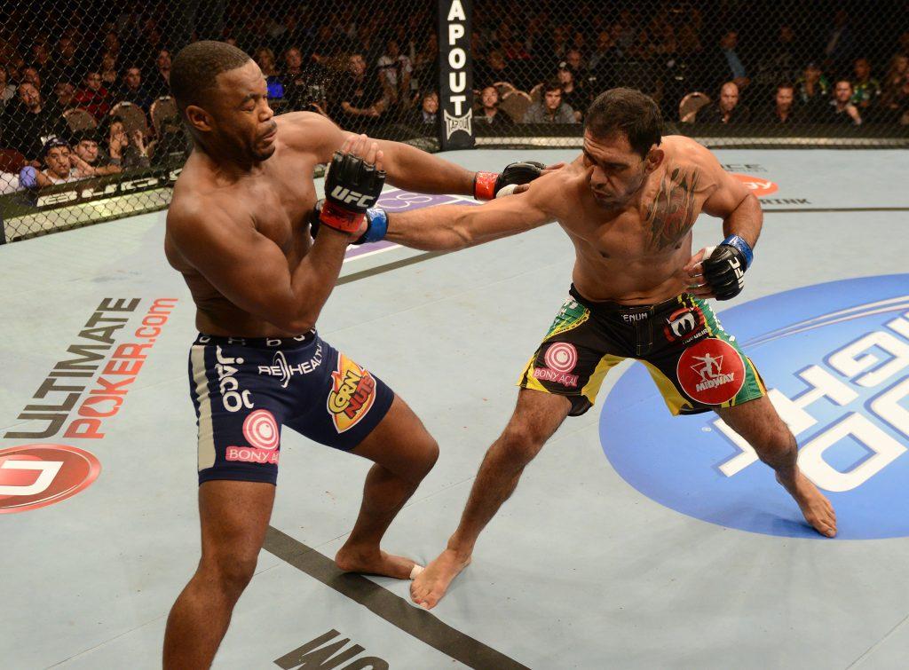 Minotouro fez boa luta com Rashad, e venceu na decisão. Foto: Divulgação/UFC