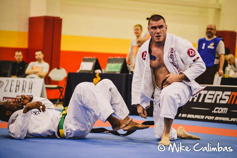 Ulpiano fighting at the Houston Open, in Texas