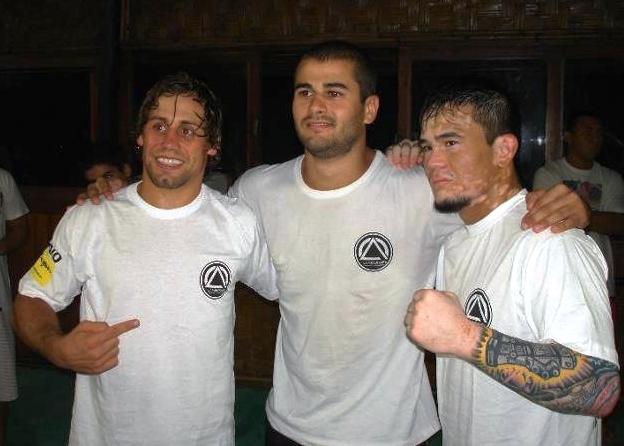 Urijah, Diego e Scott na academia Team Moraes, no Rio. Foto: Arquivo Pessoal