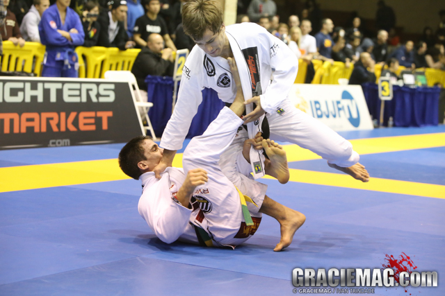 Watch the Sweep Battle: Gui Mendes vs. 'Queixinho' in San Francisco