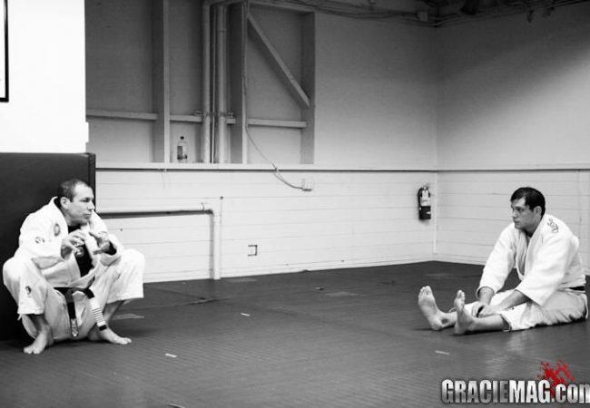 Qual a diferença entre instinto e consciência no Jiu-Jitsu? Carlinhos Gracie explica